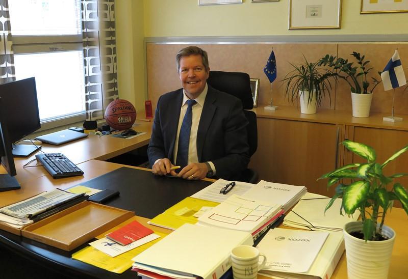 Kuntayhtymän johtaja, rehtori Esa Karvinen