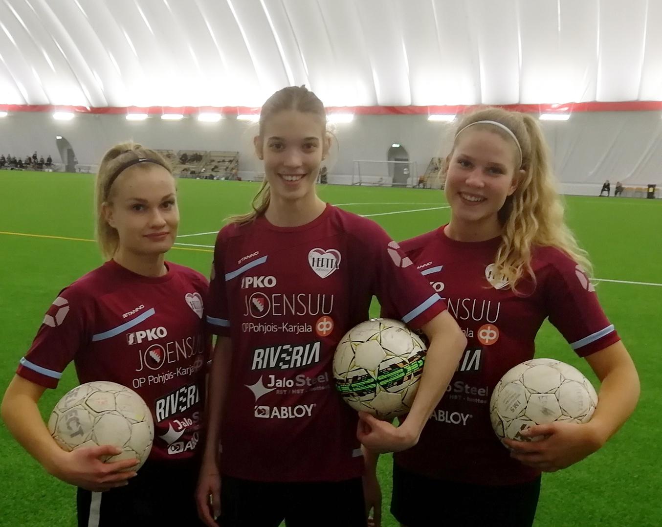 FC-Hertta Rantakylän tekonurmella Riveria